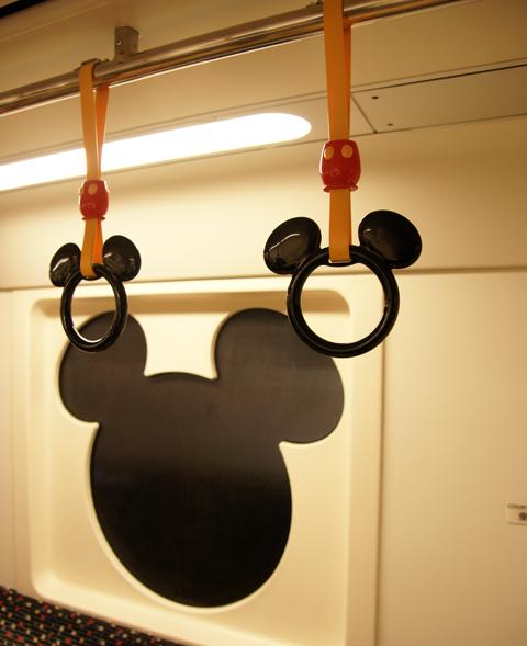 ディズニーリゾートの電車
