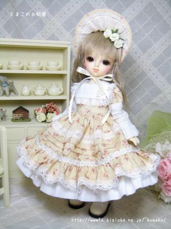 幼SDサイズのドレス出品しました♪