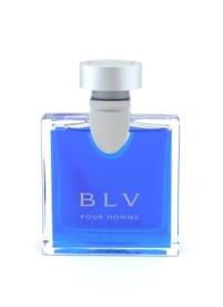 刺激的で爽やかなマスキュリンさを醸し出す香りは、抗えない誘惑的な印象を残します【ブルガリ ブループールオム EDT 50ml】