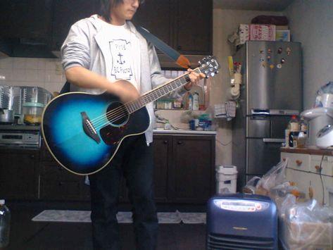 こぶくろにいぶくろ、たまぶくろと熱唱~!!ギターメチャ上達!!