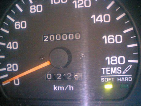 やったー!20万キロ達成!!