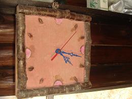 山小屋の時計