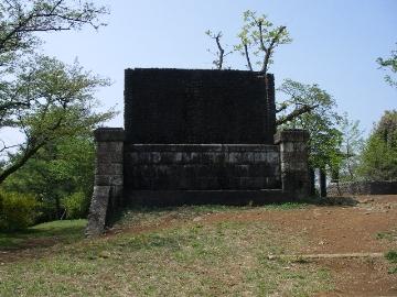 狭山ダムの遺跡2