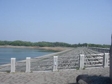 狭山ダム湖側