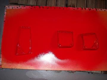 マスキングテープしてペダルを塗装