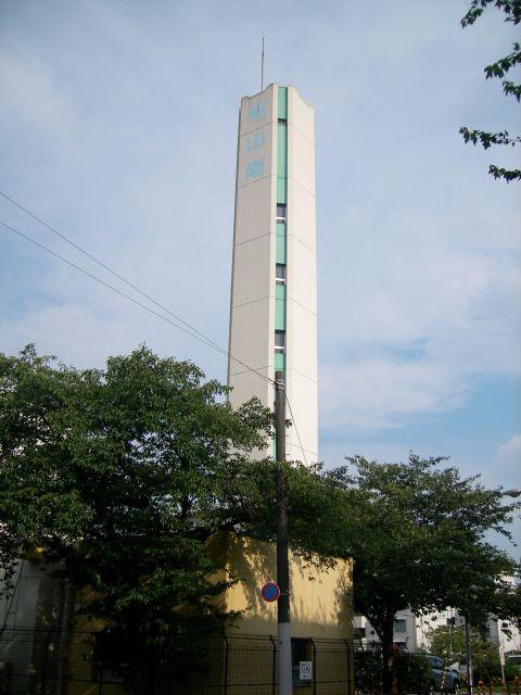 公団桃山南団地の給水塔1