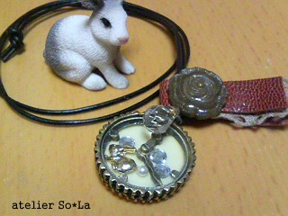 ネックレス うさぎ時計-2