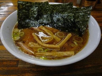 鎌倉家のチャーシュー麺