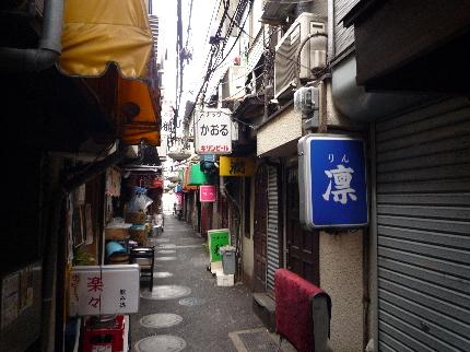 東小路飲食店街2