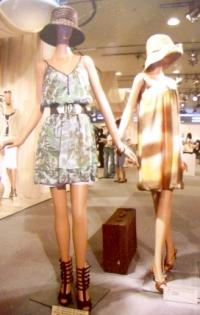 LOUNIE(ルーニィ)通販:2009夏物展示会写真!LOUNIE2009夏物展示会最新速報!展示会コーディネートをどこよりも早くご紹介
