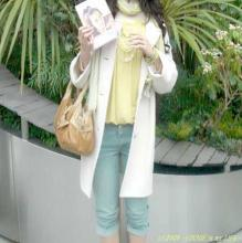 雑誌Oggi(オッジ)の人気モデルヨンアさんの本「ヨンアのしあわせ時間」サイン本です~有楽町三省堂にて!限定100名でした。ご本人に会えたことが嬉しい^^