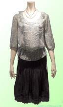 OUNIE(ルーニィ)通販:2009春物VOYAGE:花柄ブラウス×シルクスカート(スカートとチュニックブラウスもこうコーディネートすればかわいい!)
