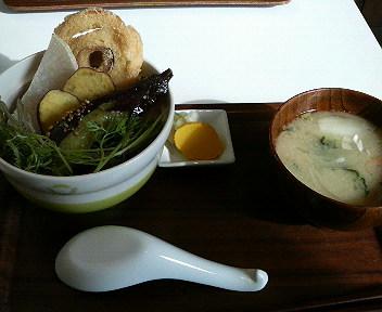 揚げ野菜と肉味噌
