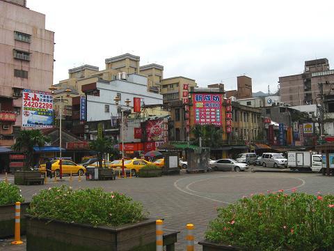台湾4-11