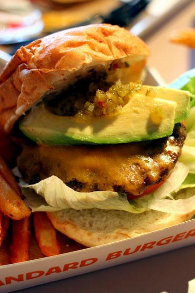 standerdburger3.jpg