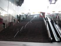 京都駅大階段下から