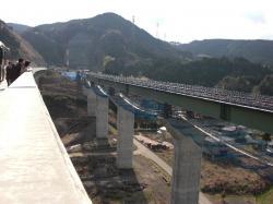 鎧田橋から富士川トンネル
