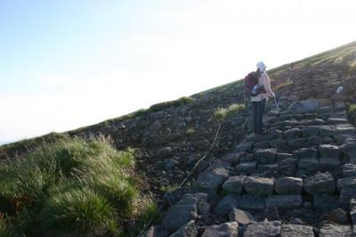 石畳登山道