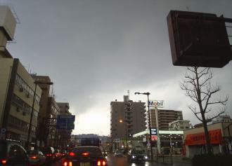 04 午後6時ごろの空(29%)