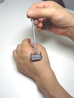 ローラー鍼(ローラー針)小児鍼目白はりきゅう