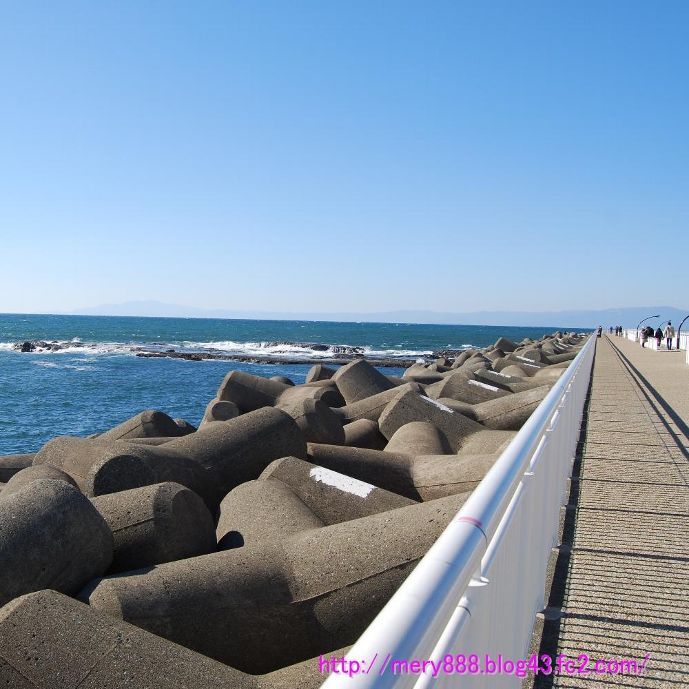 片瀬江ノ島は晴天です002