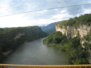 スミデロ渓谷