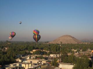 気球ツアー。