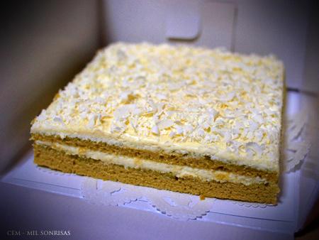 tarta de maccha y chocolate blanco