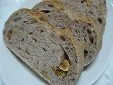またまた、胡桃とイチジクのパン