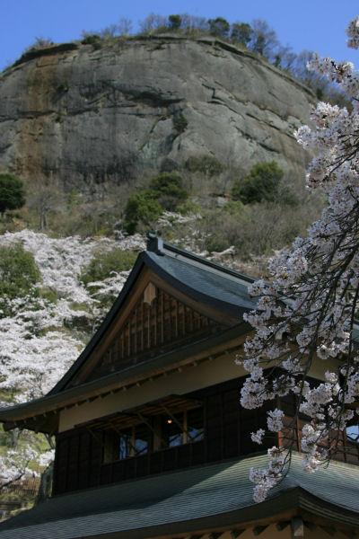 20060409_12_iwadono.jpg