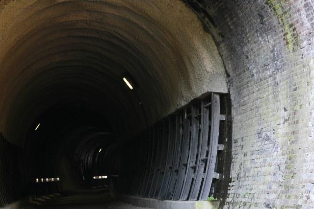 20061118_09_tunnel.jpg