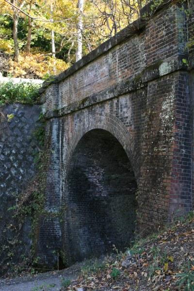 20061118_32_tunnel.jpg