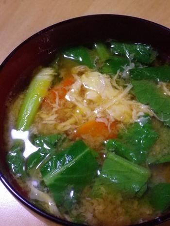 小松菜、にんじん、玉子