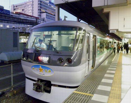 西武10000系「☆のある町 秩父・長瀞」(10107F)・1