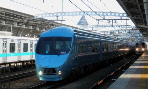 小田急60000形MSE車(喜多見)