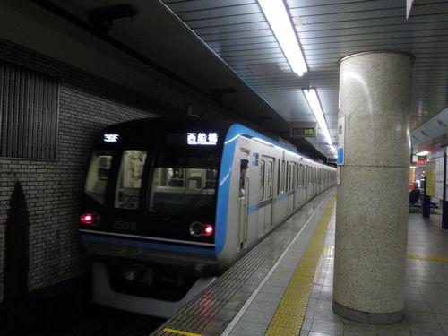 東京メトロ東西線15000系(日本橋駅)