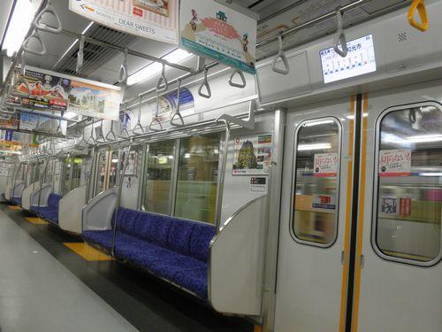 東武51076F・車内