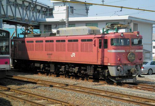 「日本海」牽引機EF81 107(2011年5月31日・青森駅)