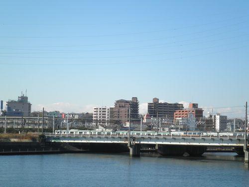 鶴見川橋から見た東海道本線