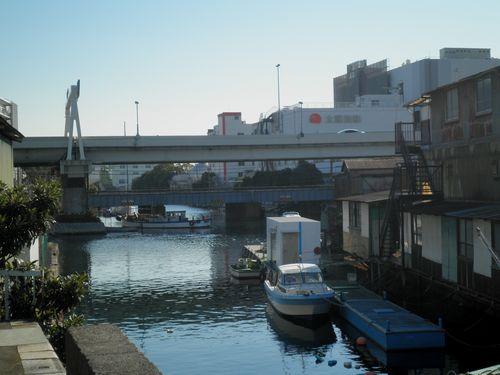 横浜市神奈川区入江町付近