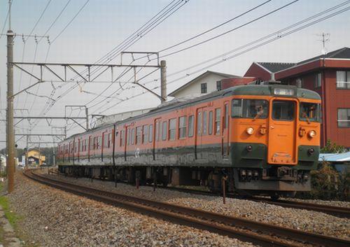 高タカ115系(2011年11月5日・井野~新前橋間)