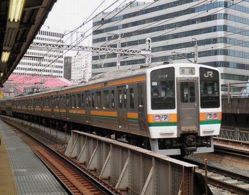 東チタ211系(2012年3月8日・有楽町)