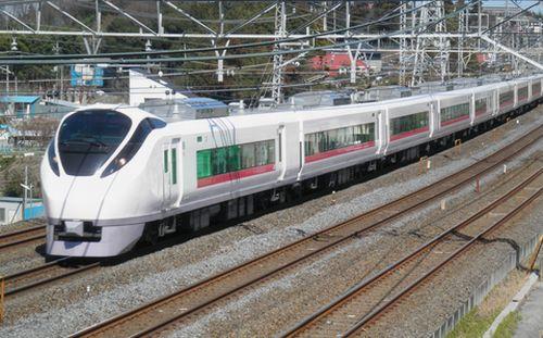 E657系「スーパーひたち」(北小金~南柏間)