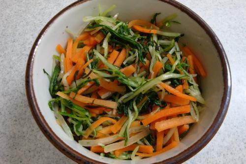 081220-140みず菜とにんじんの浅漬け(縮小)