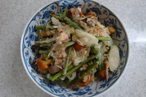 090110-030山菜の鮭おろし和え(縮小)
