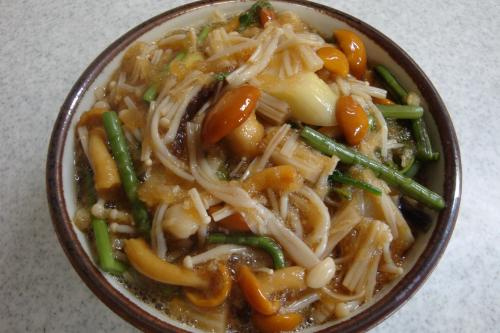 090502-040えのきと山菜のおろし和え(縮小)