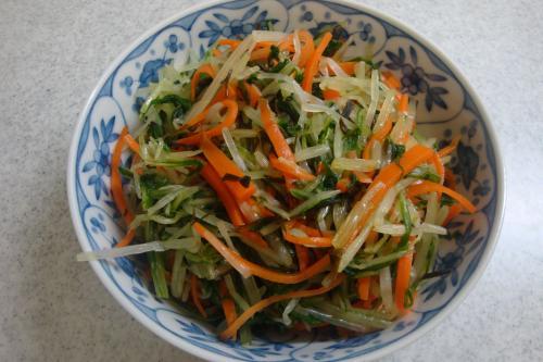 090802-040みず菜とにんじんの浅漬け(縮小)