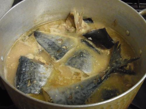 111112-110鯖味噌煮(S)