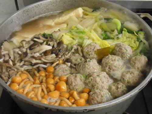 120103-010肉団子と野菜の鍋(S)