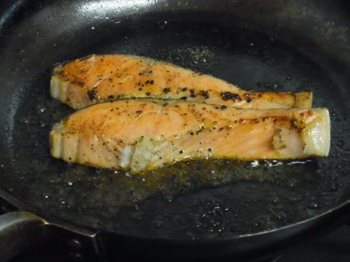 120215-010鮭のガーリックマーガリン焼き(S)